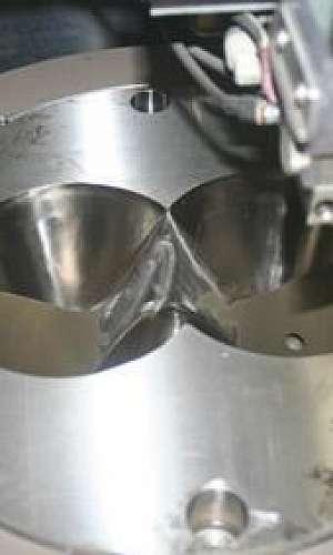 corte por eletroerosão a fio