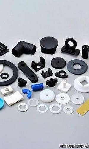 Fábrica de injeção de peças plásticas