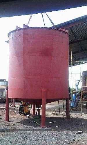 Fabricação de tanques industriais