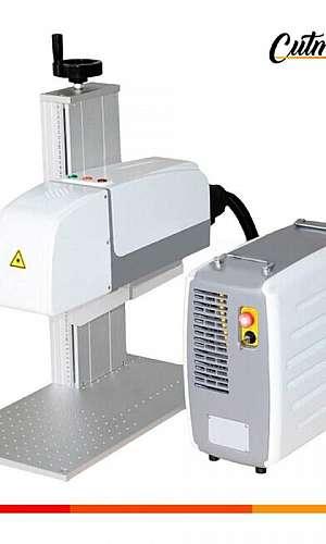 Máquina de corte a laser de mesa