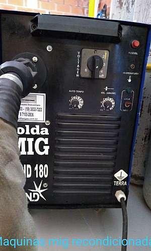 Máquina mig com gás