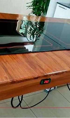 Mesa com pista quente