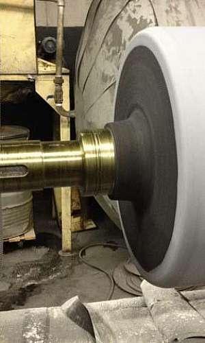 Usinagem de cilindros de selagem