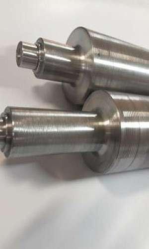 Usinagem de cilindros laminadoras